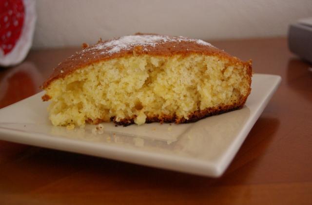 Gâteau au yaourt, mesures faciles avec le pot  - Photo par shoupie