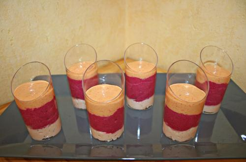 Verrine surimi, betterave, poivrons au boursin - Photo par Aux bons p'tits prat