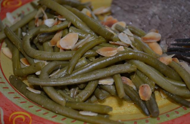 Les haricots verts aux amandes effilées et au citron de Breaking Bad - Photo par Recettes de Séries