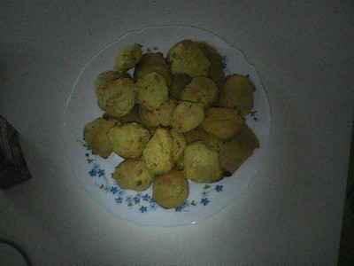 Petits gâteaux thon crabe curry coco - Photo par cchapi