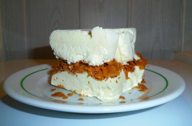 Parfait glacé au chocolat blanc - Photo par blandinde