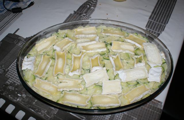 Courgettes, pommes de terre à la viande gratiné au Cœur de Neufchatel - Photo par blinel