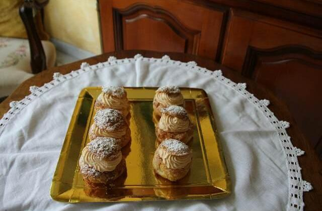 Choux craquelins poire caramel - Photo par sylgoteofraises