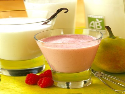 Le milk-shake aux poires ou fruits rouges - Photo par Printemps Bio