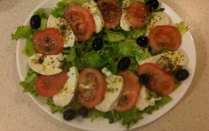 Salade tomate mozzarella - Photo par loulou9185
