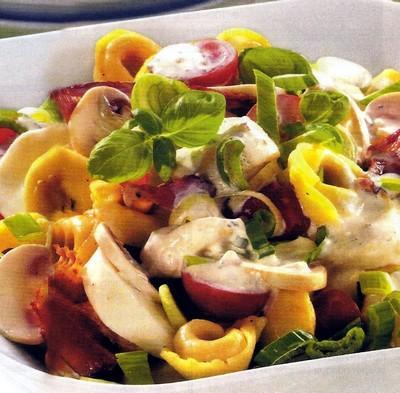 Salade de tortellinis et compagnie - Photo par babych