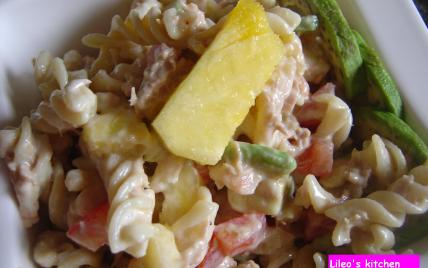 Salade de pâtes-avocats-crevettes - Photo par lileo