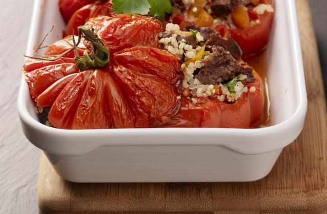 Tomates farcies au quinoa et joue de bœuf - Photo par Les produits tripiers