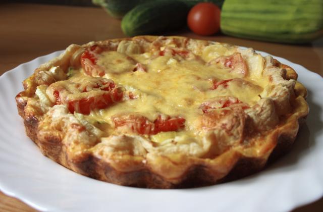 Tarte au thon et aux tomates économique - Photo par mon journal de cuisine