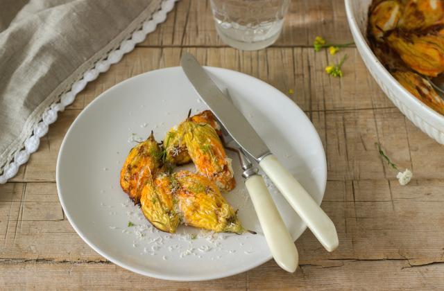 5 jolies recettes à concocter avec des fleurs de courgettes - Photo par 750g