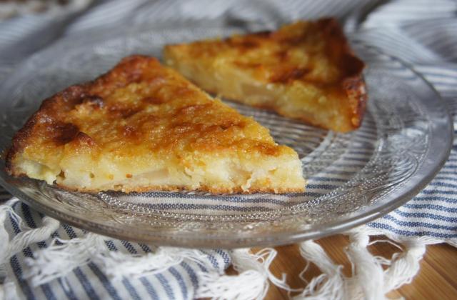 Gâteau moelleux et caramélisé aux pommes - Photo par le book gourmand