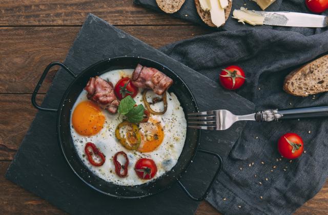 5 petits déjeuners que l'on aime manger le soir - Photo par 750g