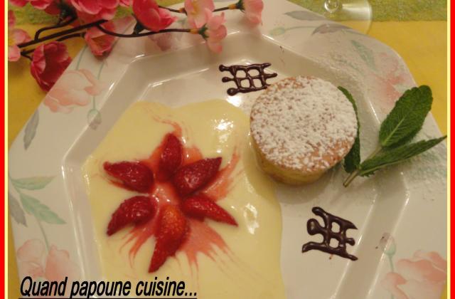 Pudding aux amandes et fraises à la liqueur d'orange - Photo par sylvieydY