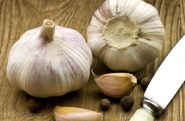 5 odeurs qui ne partent plus des mains quand on cuisine - Photo par 750g