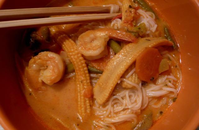 Soupe thaïlandaise aux crevettes - Photo par leatoutunplat