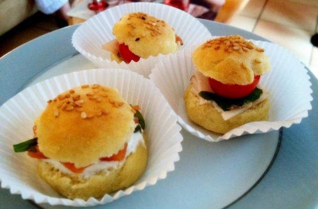 Mini burgers apéritifs aux trois saveurs - Photo par LenvieDuChef