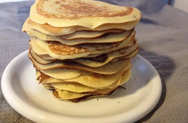Pancakes moelleux pour le brunch - Photo par la cuisine de juju