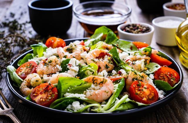 Salade de tomates, crevettes et féta - Photo par 750g