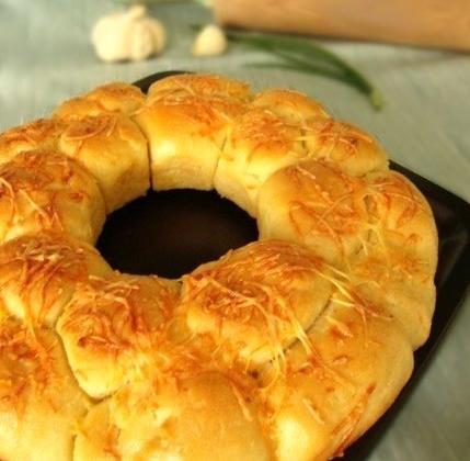 'Monkey bread' au fromage et à l'ail de Lomagne - Photo par larik_malasha