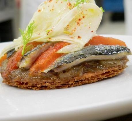 Tarte fine à la tomate et sardine, moutarde et fenouil - Photo par Chef Damien