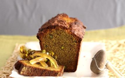Cake aux pistaches, caramel et orangettes - Photo par uncuis