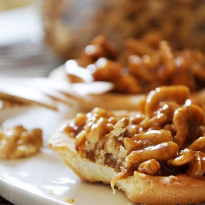 Tartelettes aux noix et miel - Photo par mathildee