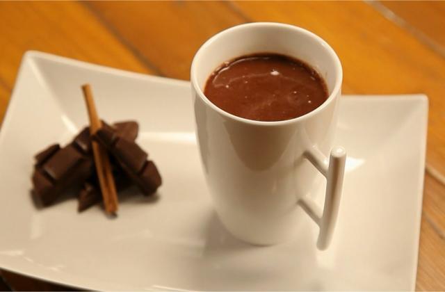 Chocolat chaud à l'eau (sans lait) - Photo par 750g