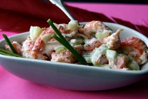 Tartare de langoustines au concombre,  yaourt et  tomates - Photo par Ma boîte à diners