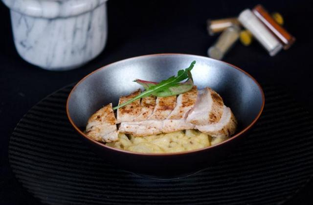 Blancs de poulet aux épices et polenta - Photo par Mamina