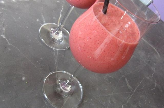 Smoothie fraise-citron - Photo par Ameloche