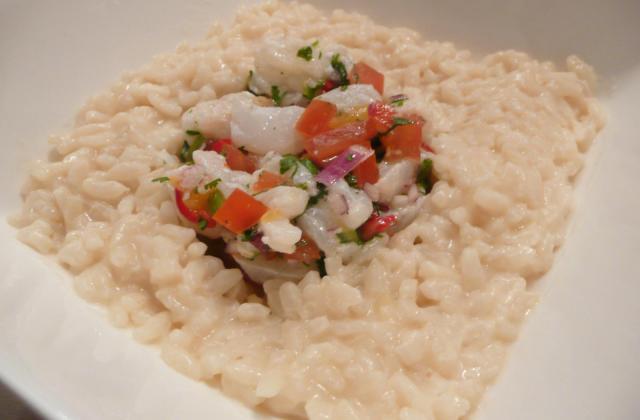 Ceviche de mérou et cabillaud à l'orange et aux piments sur risotto au romarin - Photo par el pollo