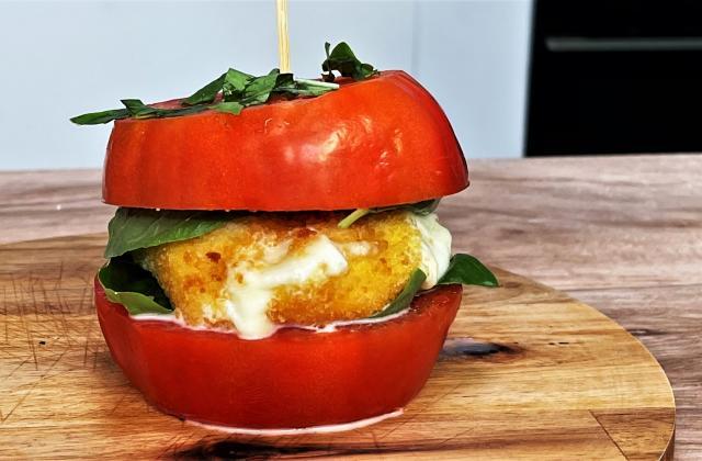 Burger de tomates à la mozzarella panée - Photo par 750g