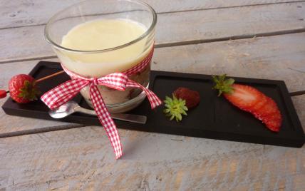 Risotto fraise et fraises séchées crème de chocolat blanc - Photo par beltran