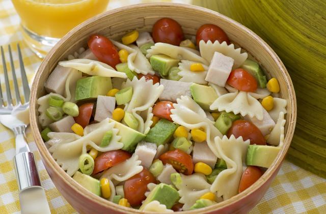 6 salades de pâtes printanières - Photo par 750g