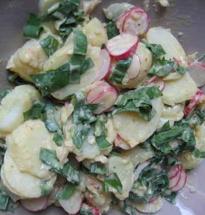 Salade de pommes de terre à l'ail des ours - Photo par troudy