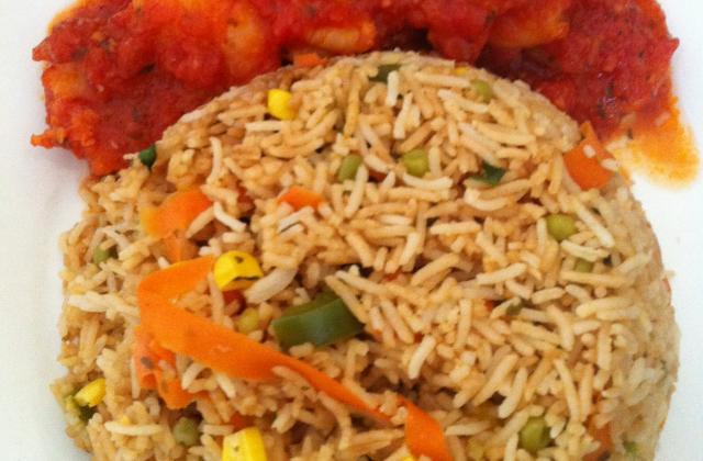 Riz cantonnais et crevettes en sauce - Photo par assifrl