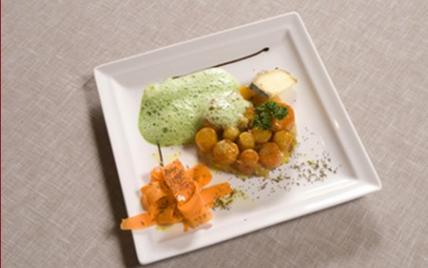 Tartelettes de carottes nouvelles à la tomme de savoie et sa crème verte - Photo par Tomme de Savoie