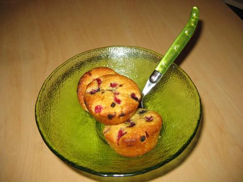 Petit gâteau aux fruits rouges et sirop d'agave sans gluten - Photo par Orts