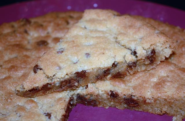 Cookies géant aux pépites de chocolat - Photo par La malle à recettes