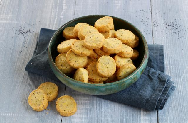 Sablés au parmesan, curry et graines de pavot - Photo par Silvia Santucci