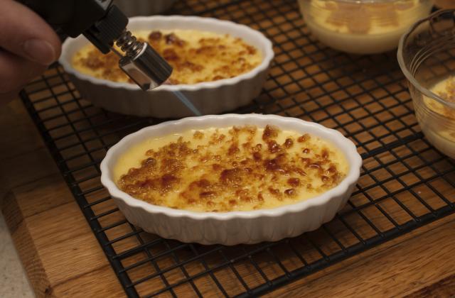 Crème brûlée à la vanille comme chez maman - Photo par lapopotedelolo