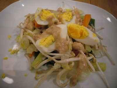 "Salade indonésienne ""gado-gado"" - Photo par Celine-BlogCommeuneBulle"