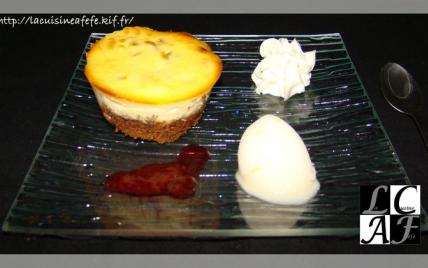 Cheesecake à la passion & sa sauce exotique - Photo par LaCuisineAFéfé