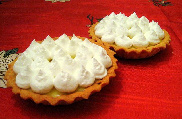 Tartelettes au citron meringuées faciles - Photo par pitit chef