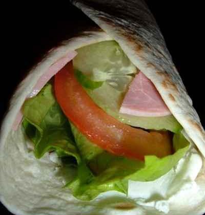 Wraps au chèvre - jambon - crudités - Photo par charliX