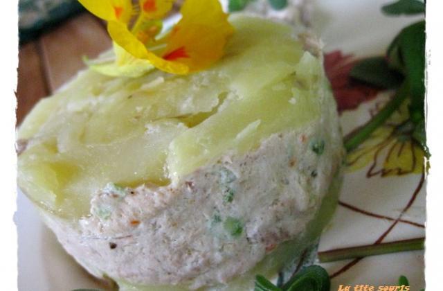 Millefeuille de pommes de terre et mousse de thon fumé au fromage de Mme LOIC - Photo par la tite souris