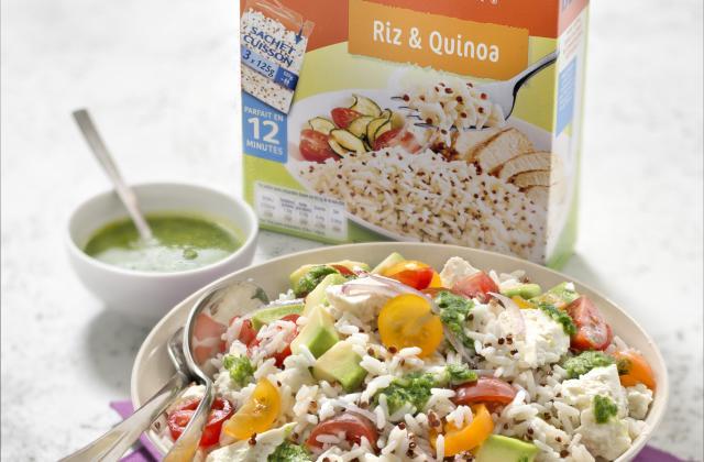 Salade de riz & quinoa, avocat, tomates cerise, feta et pesto d'herbes - Photo par Uncle Ben's®