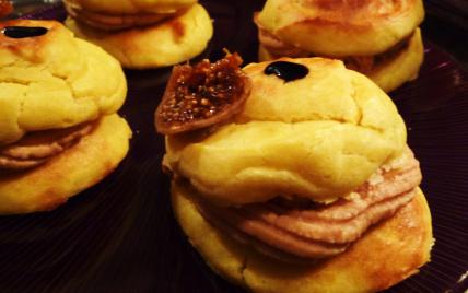 Choux à la crème de foie gras - Photo par Mère et Filles