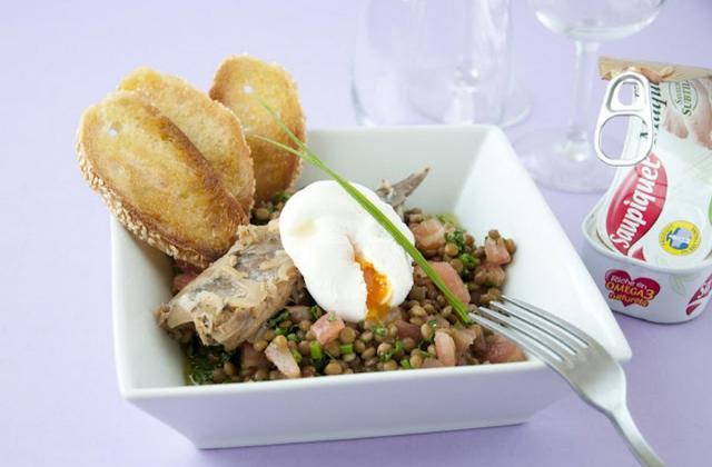 Salade de lentilles, maquereaux et œuf poché - Photo par Saupiquet