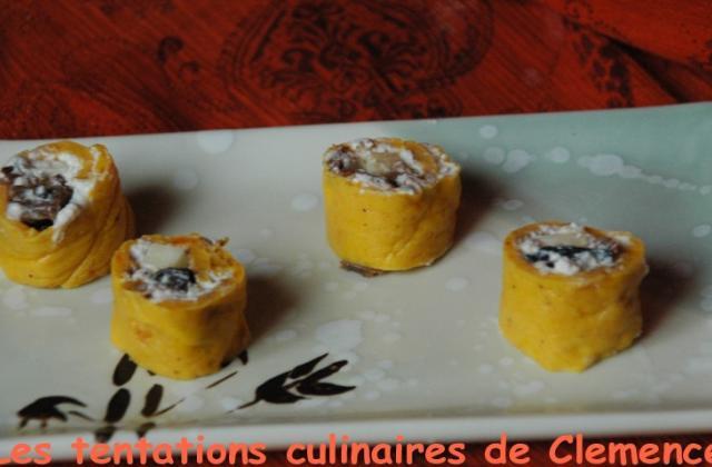 Makis de potiron, mousse de roquefort, champignons et pommes - Photo par tentat